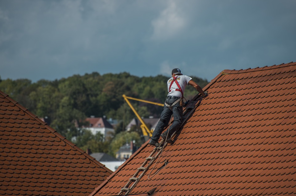 this image shows huntington beach roof repair services